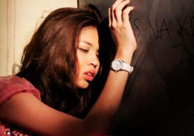 Maine Mendoza Accidentally Fell Down The Stairs During An Eat Bulaga Episode… OMG