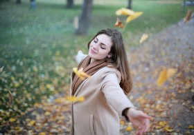 Peaceful Simplicity: 5 Ways To Live a Life Of Contentment